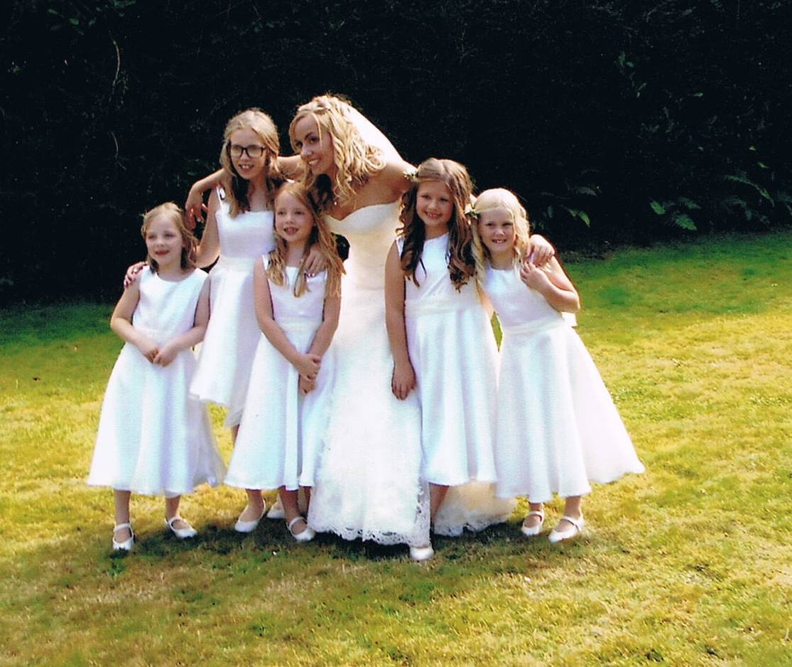 Tess And Flowergirls